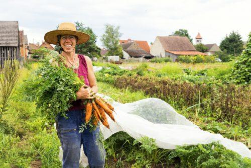 Annette die Gemüsegärnterin